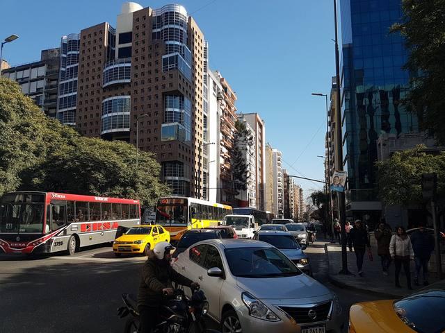 FOTO: Caos de tránsito en el centro de Córdoba por manifestaciones