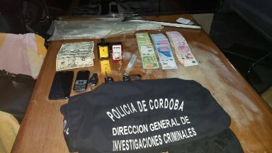 AUDIO: Una de las bandas explotó un cajero del banco Santander