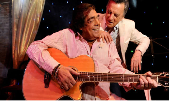 FOTO: Cacho Castaña y Palito Ortega homenajearon a Sergio Denis
