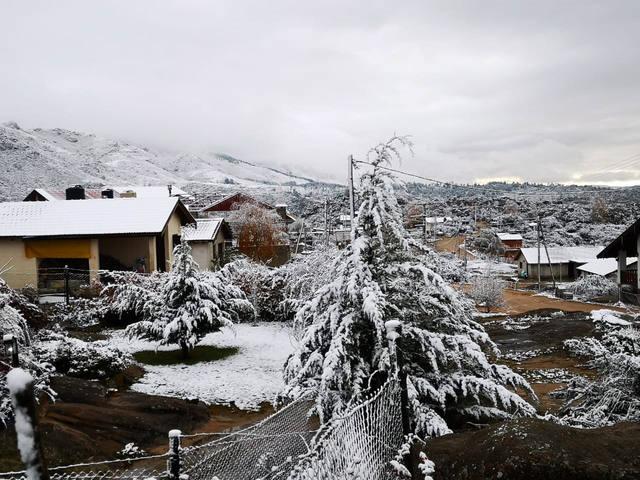 FOTO: Nieve en las Altas Cumbres y en La Cumbrecita