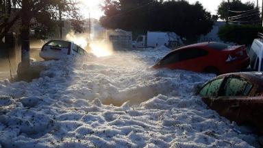 AUDIO: Una increíble tormenta de granizo azotó a Guadalajara