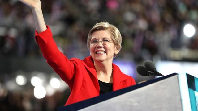 FOTO: La demócrata Warren se lanza a la Casa Blanca