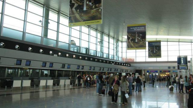 FOTO: Alerta y movilización en los gremios aeronáuticos