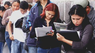 AUDIO: El empleo privado cayó 2,6% interanual en abril