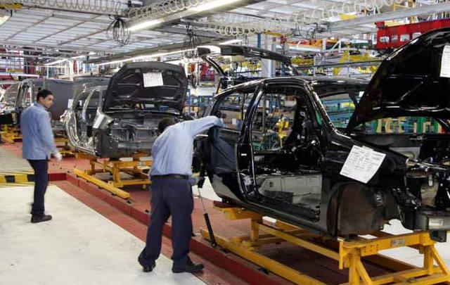 FOTO: La retracción preocupa a la industria automotriz.