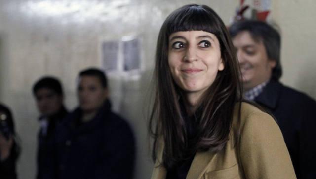 FOTO: Forenses resuelven hoy si Flor K puede volver desde Cuba