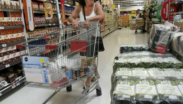 FOTO: La inflación de febrero fue 3,8% y suma 51,3% en 12 meses