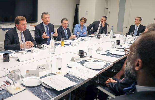 FOTO: Macri recibió a un grupo de inversores en el Financial Times