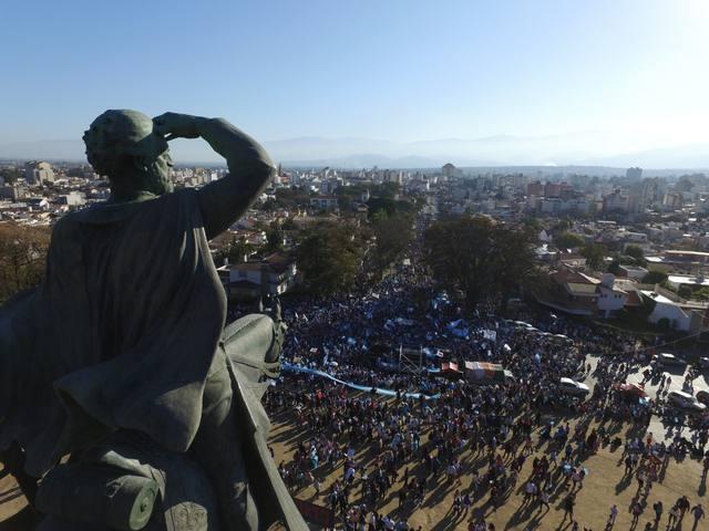 FOTO: Miles de personas se manifestaron por la vida en el país