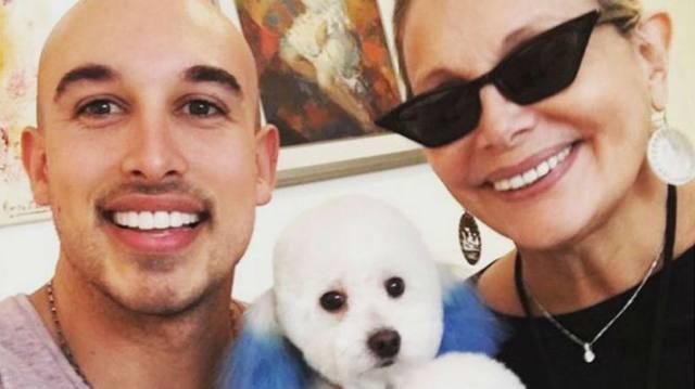 FOTO: Carmen Barbieri tiñó a su perro y estallaron las críticas