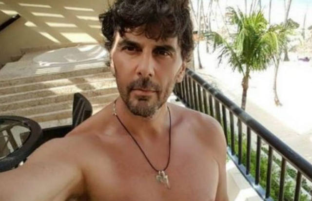 FOTO: La foto de Juan Darthés disfrutando de la playa en Brasil