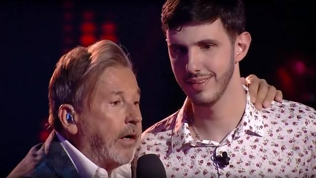 FOTO: El emocionante dúo de Ricardo Montaner con Lucas Belbruno