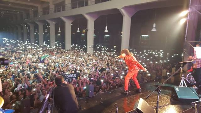 FOTO: La Mona volvió a los escenarios con un show multitudinario