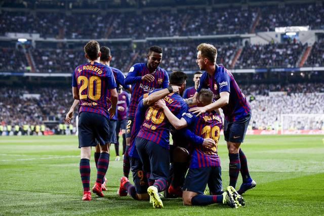 FOTO: Barcelona goleó a Real Madrid en el Bernabéu y es finalista