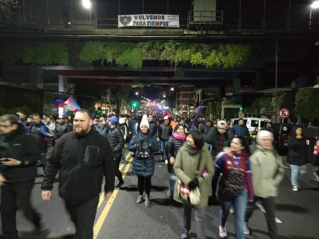FOTO: Multitudinario regreso de San Lorenzo al barrio de Boedo
