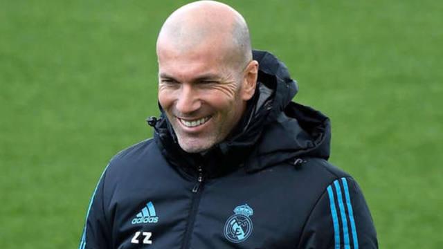 FOTO: El Real Madrid cerró el primer refuerzo para Zidane