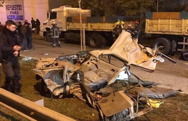 FOTO: Persecución policial en San Miguel del Monte: 4 muertos