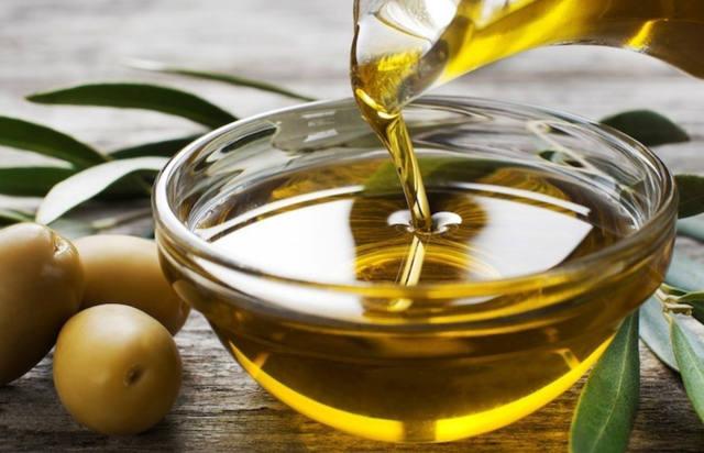 La ANMAT prohibió comercialización de un aceite de oliva