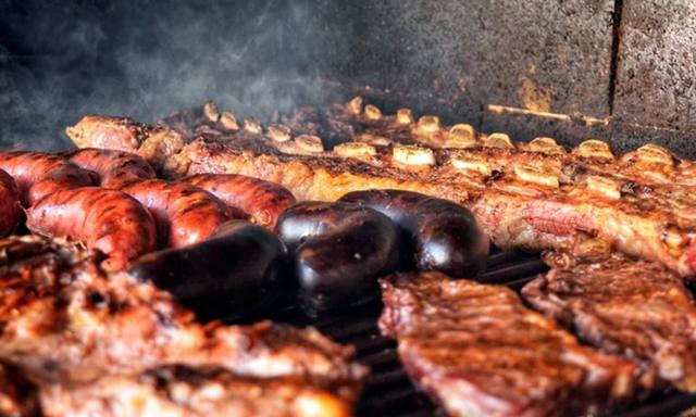 FOTO: La parrilla argentina, entre los platos más populares