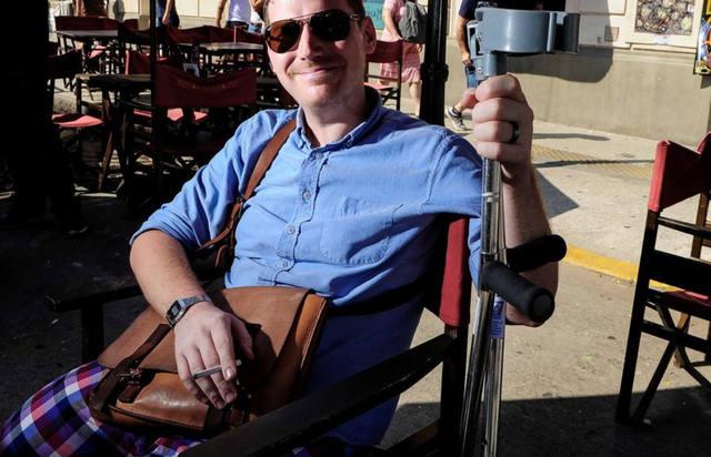 FOTO: El turista sueco no está triste por la pérdida de la pierna