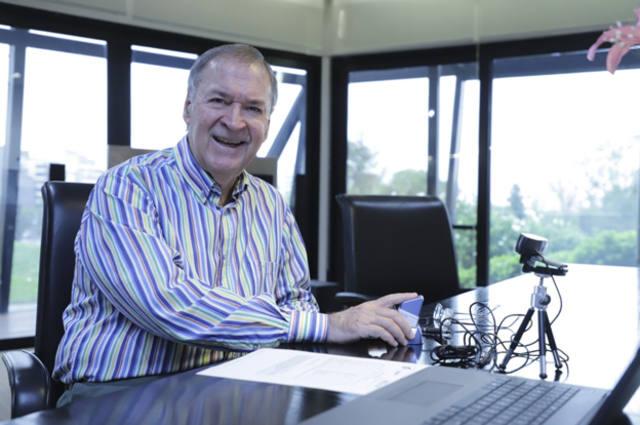 FOTO: El gobernador Juan Schiaretti ya tiene su firma digital