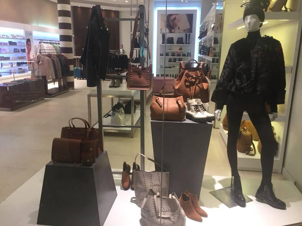 AUDIO: Continúa la baja en ventas en supermercados y shoppings.