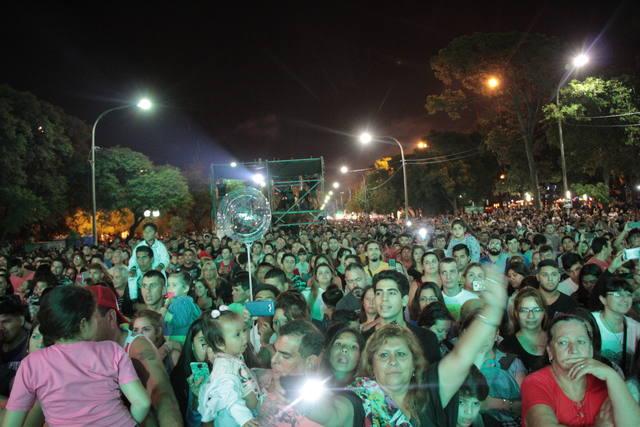 FOTO: El público disfrutó del show y la gastronomía por igual
