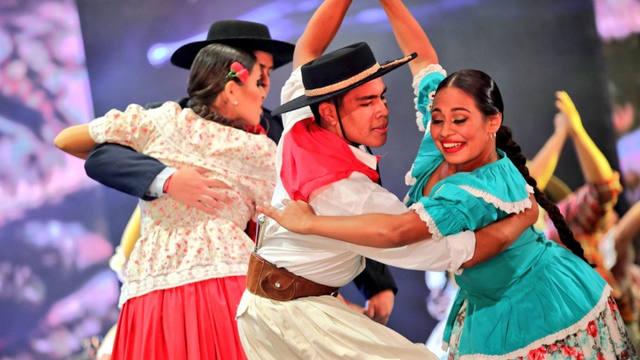 FOTO: Baile en la Fiesta Nacional del Chamamé