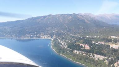 AUDIO: Paseo aéreo por los cielos de Bariloche