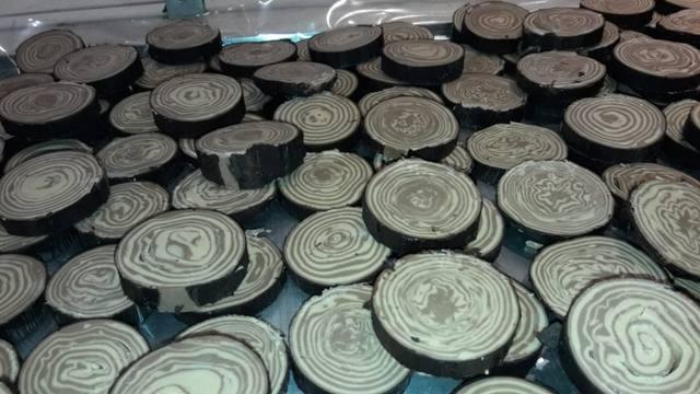 FOTO: Video: así se hace el chocolate en rama en Bariloche