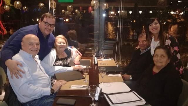 FOTO: Los ganadores cenaron con Midachi