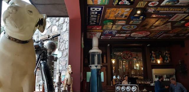 FOTO: Viajamos en el tiempo en un hotel de época y colección