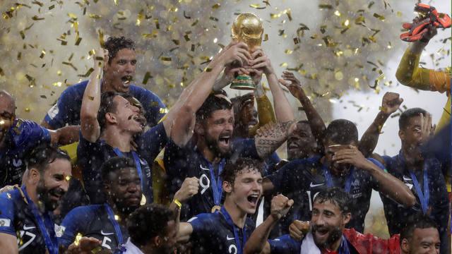FOTO: Con contundencia y un equipo, Francia fue un justo campeón