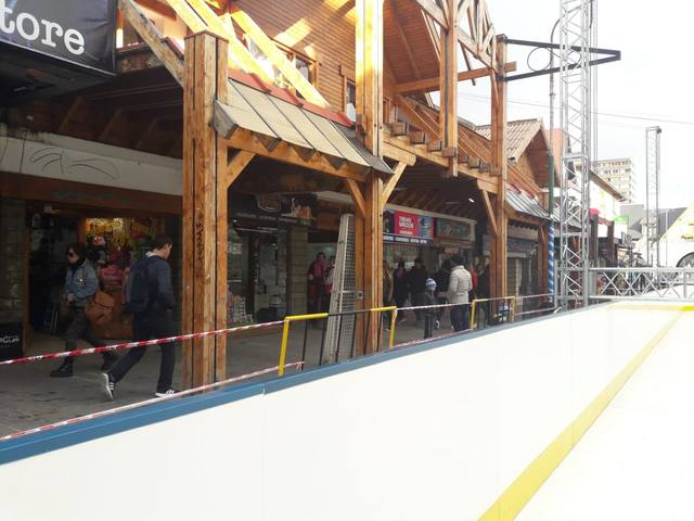 FOTO: Arranca en Bariloche la 49º Fiesta Nacional de la Nieve