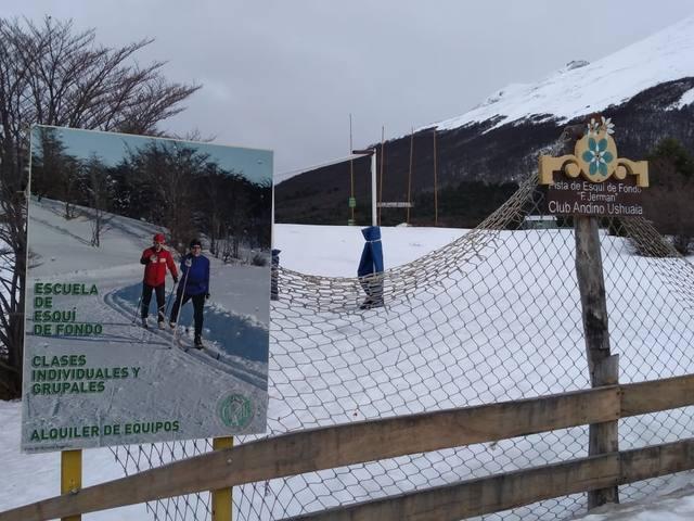 FOTO: Esquí de fondo por los bosques de Tierra del Fuego