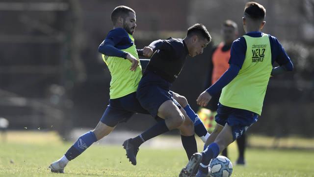 FOTO: Talleres cayó en dos amistosos frente a Vélez
