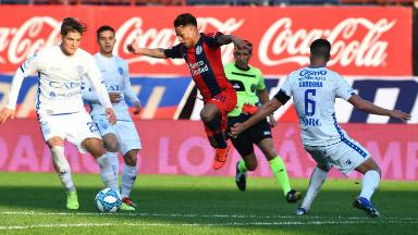 AUDIO: 1º gol de San Lorenzo (Barrios)