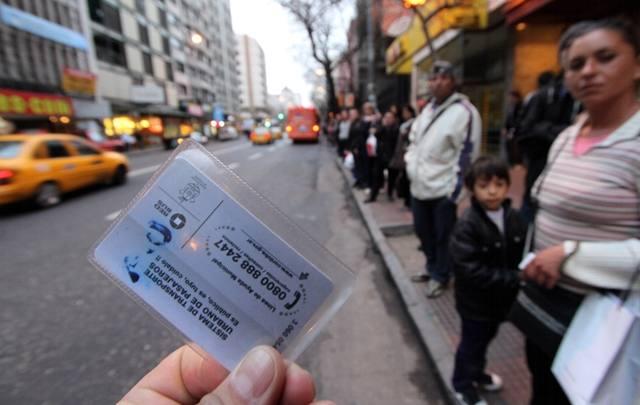 FOTO: Dómina pidió bajar seis centavos el boleto del transporte público.