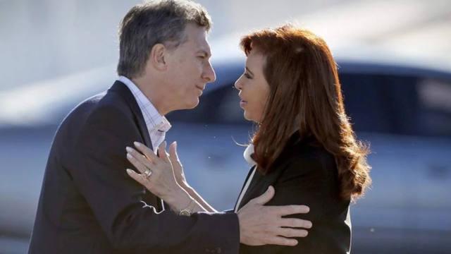 FOTO: Dos milagros para una elección