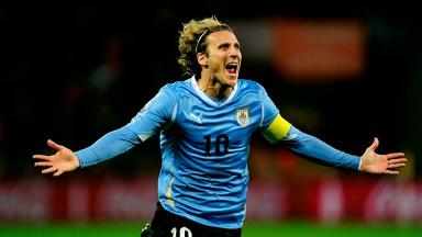 AUDIO: Diego Forlán, la leyenda uruguaya que anunció su retiro