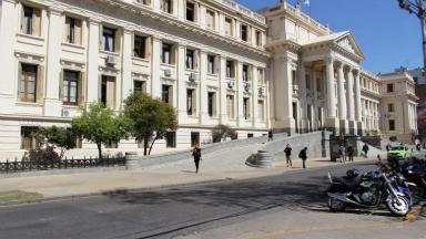 AUDIO: El RRPP que discriminó a una joven es funcionario judicial