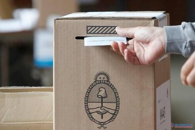 FOTO: Votar es un deber que, si no se cumple, debe justificarse.