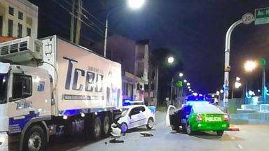 AUDIO: Murieron tres chicas en un terrible accidente en Quilmes