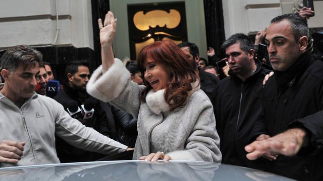 FOTO: Cristina y Alberto Fernández se reunieron con Kicillof