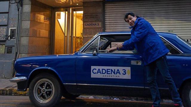 FOTO: Con su Torino azul, Pipy Rivero se sumó al homenaje