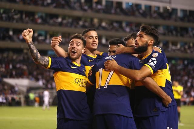 FOTO: Boca goleó a Liga de Quito en la altura y se acercó a semis