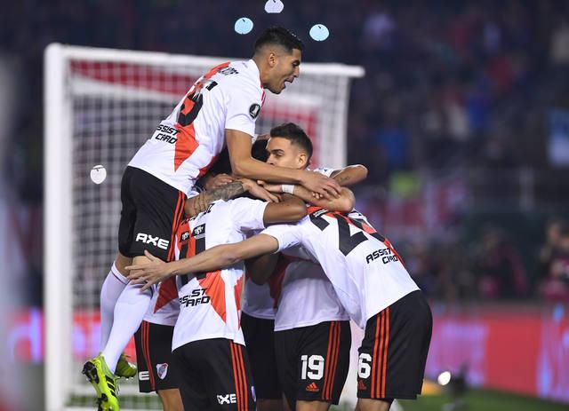 FOTO: River venció a Cerro Porteño y dio un paso clave hacia semis