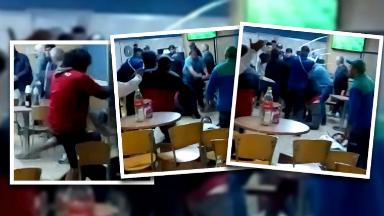 VIDEO: Video: hinchas de Colón a las piñas en una estación
