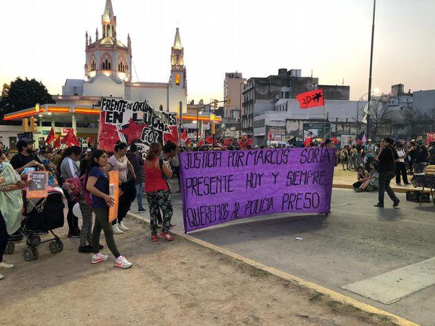 """FOTO: Marcha contra el """"gatillo fácil"""" en Buenos Aires."""