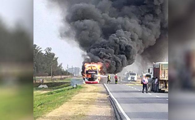 FOTO: Coata Incendiado